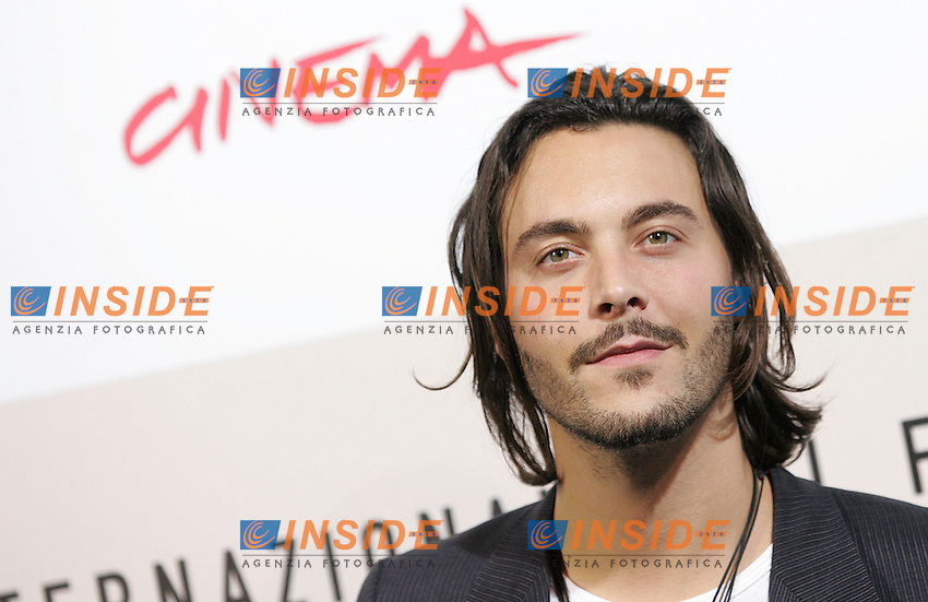 Jack Huston during the photocall of the film &quot;The Garden of Eden&quot; at the third edition of Festa Internazionale del Cinema di Roma, Auditorium Parco della Musica, October 26, 2008. <br /> Jack Huston durante il photocall del film &quot;The Garden of Eden&quot; alla terza edizione della Festa Internazionale del Cinema di Roma. <br /> Roma 26/10/2008 Auditorium Parco della Musica. <br /> Photo Samantha Zucchi Insidefoto