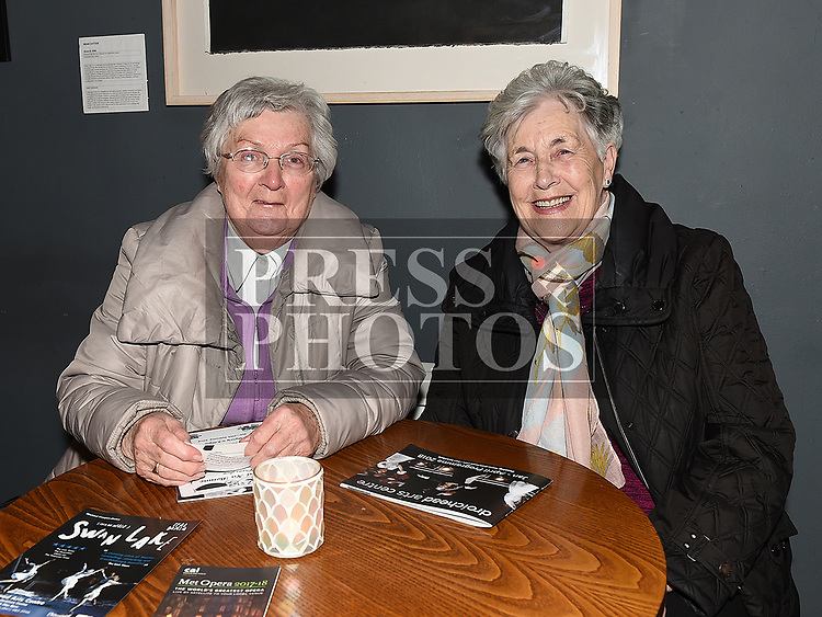 Bernie Boylan and Una Smith at 'It runs in the family' in the Droichead Arts Centre. Photo:Colin Bell/pressphotos.ie