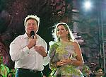 Aruba 20 nov 2013, kennismakingen bezoek Koning Willem-Alexander en Koningin Maxima aan Aruba<br /> feestavond Bushiribana <br /> foto /Michael Kooren