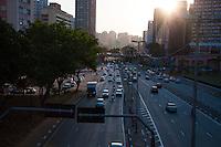 S&Atilde;O PAULO - SP - 12,08,2014 - TR&Acirc;NSITO CAPITAL/SP - O motorista encontra lentid&atilde;o na    Radial Leste ambos os sentidos.<br />  Regi&atilde;o sul  da cidade de S&atilde;o Paulo,nessa ter&ccedil;a-feira,12 (Foto:Kevin David/Brazil Photo Pres)