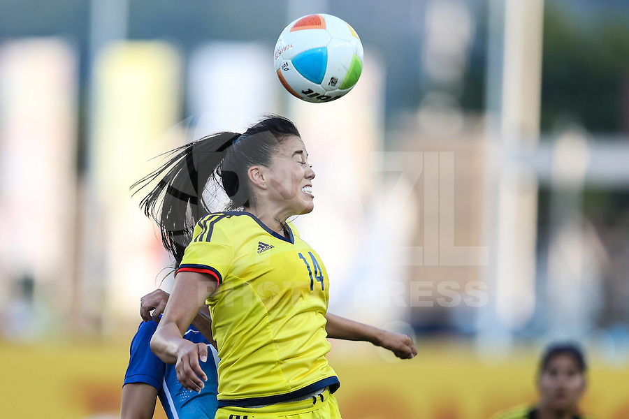 HAMILTON, CANADA, 25.07.2015 - PAN-FUTEBOL - Katherine Arias da Colombia  durante partida contra o Brasil em partida da final do futebol feminino nos jogos Pan-americanos no Estadio Tim Hortons em Hamilton no Canadá neste sábado, 25. (Foto: William Volcov/Brazil Photo Press)