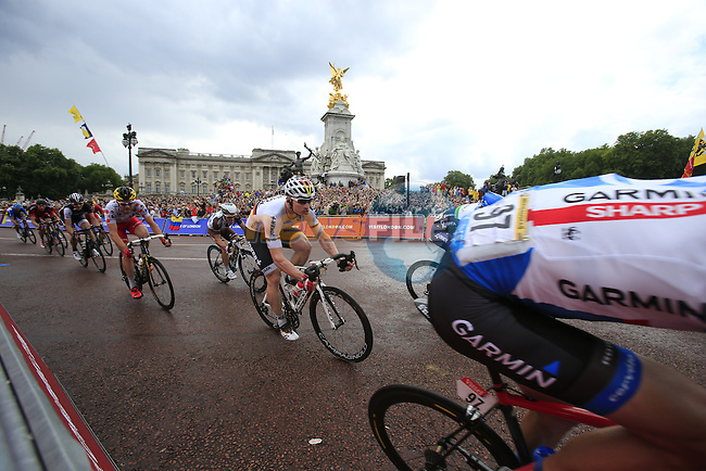 The sprinters including Andre Greipel (GER) Lotto-Belisol round the final bend at Buckingham Palace at the end of Stage 3 of the 2014 Tour de France running 155km from Cambridge to London. 7th July 2014.<br /> Picture: Eoin Clarke www.newsfile.ie