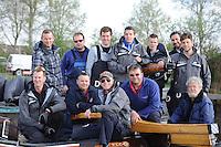 ZEILEN: EARNEWALD: 12-04-2014, SKS Skûtsje Drachten, Jeroen Pietersma met zijn bemanning, ©foto Martin de Jong
