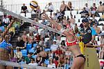 30.05.2015, Moskau, Vodny Stadion<br /> Moskau Grand Slam, Main Draw / Halbfinale<br /> <br /> Angriff Marta Menegatti (#1 ITA) - Block Madelein Meppelink (#2 NED)<br /> <br />   Foto &copy; nordphoto / Kurth