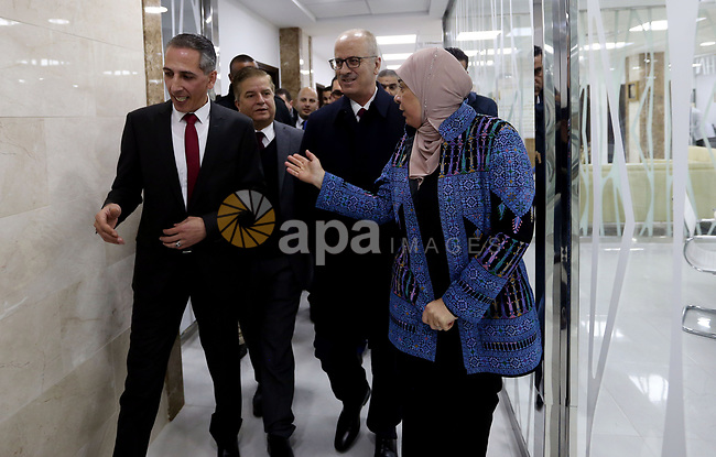 Palestinian Prime Minister Rami Hamdallah opens the building of the Ramallah Health Directorate and inspected it for rehabilitation in the West Bank city of Ramallah on January 9, 2019. Photo by Prime Minister Office