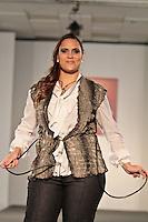 SAO PAULO, SP, 11 DE FEVEREIRO 2012 - FASHION WEEK PLUS SIZE - Modelo durante desfile da marca Calota no Fashion Week Plus Size na tarde desse sabado no espaco Frei Caneca na regiao central da capital paulista. FOTO: VANESSA CARVALHO - NEWS FREE.