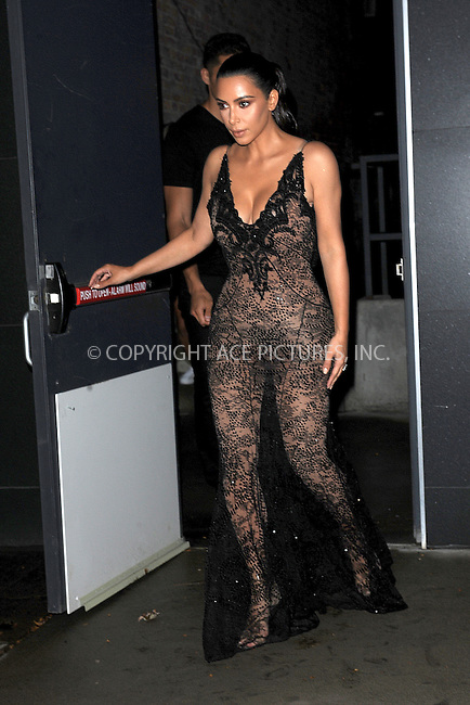 www.acepixs.com<br /> September 9, 2016 New York City<br /> <br /> Kim Kardashian leaves her apartment on September 9, 2016 in New York City.<br /> <br /> Credit: Kristin Callahan/ACE Pictures<br /> <br /> <br /> Tel: 646 769 0430<br /> Email: info@acepixs.com