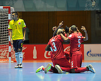 CALI -COLOMBIA-16-09-2016: Jugadores de Panama celebran después de anotar un gol a Colombia por parte de Abdiel Catrellon durante partido del grupo A de la Copa Mundial de Futsal de la FIFA Colombia 2016 jugado en el Coliseo del Pueblo en Cali, Colombia. /  Players of Panama celebrate after scoring a goal to Colombia by Abdiel Castrellon during match of the group A of the FIFA Futsal World Cup Colombia 2016 played at Metropolitan Coliseo del Pueblo in Cali, Colombia. Photo: VizzorImage/ NR / Cont