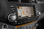 Stereo audio system close up detail view of a 2009 Toyota Highlander Hybrid Limited