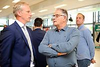30 KM<br /> GRONINGEN -  presentatie trainersduo Danny Buijs en Hennie Spijkerman tijdens sportforum 18-5-2018 Spijkerman met Peter Hoekstra