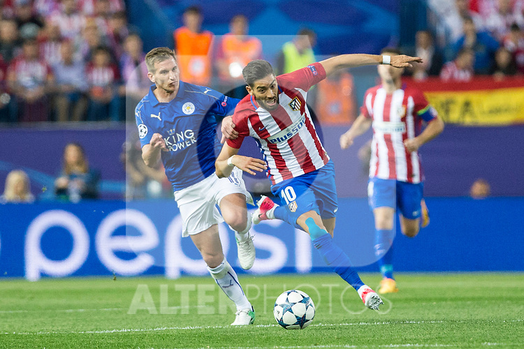 Marc Albringhton of Leicester City Football Club competes for the ball with Yannick Ferreira Carrasco of Atletico de Madrid  during the match of  Champions LEague between  Atletico de Madrid and LEicester City Football Club at Vicente Calderon  Stadium  in Madrid, Spain. April 12, 2017. (ALTERPHOTOS / Rodrigo Jimenez)
