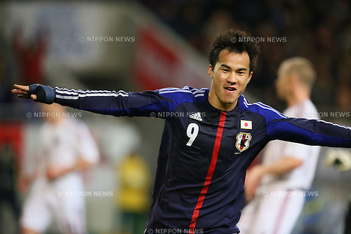 Shinji Okazaki (JPN), .FEBRUARY 6, 2013 - Football / Soccer : .KIRIN Challenge Cup 2013 Match between Japan 3-0 Latvia .at Home's Stadium Kobe in Hyogo, Japan. .(Photo by Akihiro Sugimoto/AFLO SPORT)