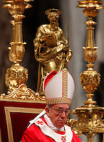 Papa Francesco celebra la Messa per la solennita' dei Santi Pietro e Paolo, nella Basilica di San Pietro, Citta' del Vaticano, 29 giugno 2013.<br /> Pope Francis celebrates the Mass for the Saints Peter and Pauls' day in St. Peter's Basilica at the Vatican, 29 June 2013.<br /> UPDATE IMAGES PRESS/Riccardo De Luca<br /> <br /> STRICTLY ONLY FOR EDITORIAL USE