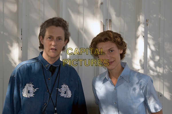 TEMPLE GRANDIN & CLAIRE DANES.in Temple Grandin .*Filmstill - Editorial Use Only*.CAP/FB.Supplied by Capital Pictures.