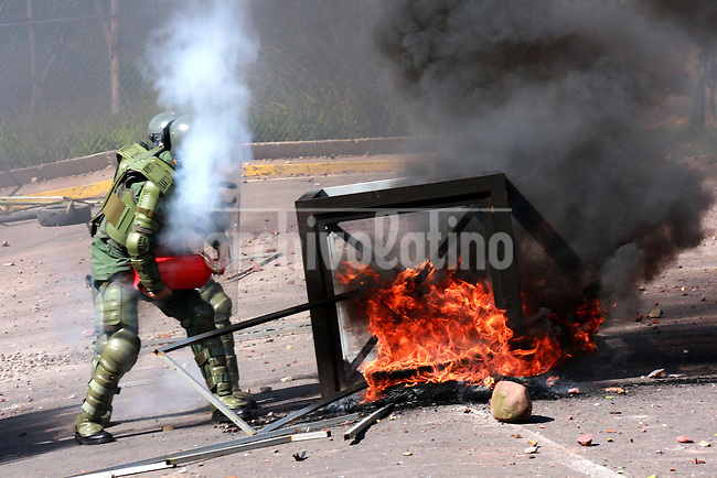 Clashes between students and the National Guard outside the place where President of Venezuela Hugo Chavez was met with supporters to launch again a Constitutional Reform to remain in power for one more term, in San Cristobal,Tachira state. The reform will be voted by Venezuelans Febr 15th, 2009.