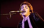 Wings 1975 Paul McCartney .© Chris Walter.