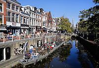 Terras op een boot in Leeuwarden