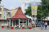 Straßencafé am Livu laukums in Riga, Lettland, Europa, Unesco-Weltkulturerbe