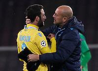 Gonzalo Higuain piange     durante l'incontro di calcio di Champions Leahue  Napoli Arsenal allo  Stadio San Paolo  di Napoli , 13 Dicembre  2013<br /> Foto Ciro De Luca