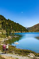 Austria, East-Tyrol: hiking near lake Obersee in Defereggen Valley, below Staller Sattel passroad | Oesterreich, Ost-Tirol: Wandern am Obersee im Defereggental unterhalb des Staller Sattel