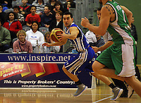 Saints guard Luke Martin drives up the court during the NBL Round 14 match between the Manawatu Jets  and Wellington Saints. Arena Manawatu, Palmerston North, New Zealand on Saturday 31 May 2008. Photo: Dave Lintott / lintottphoto.co.nz