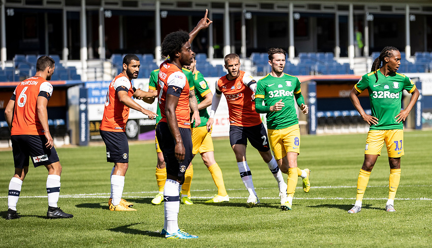 Preston North End's Alan Browne (2nd right) joins the attack in the penalty area <br /> <br /> Photographer Andrew Kearns/CameraSport<br /> <br /> The EFL Sky Bet Championship - Luton Town v Preston North End - Saturday 20th June 2020 - Kenilworth Road - Luton<br /> <br /> World Copyright © 2020 CameraSport. All rights reserved. 43 Linden Ave. Countesthorpe. Leicester. England. LE8 5PG - Tel: +44 (0) 116 277 4147 - admin@camerasport.com - www.camerasport.com