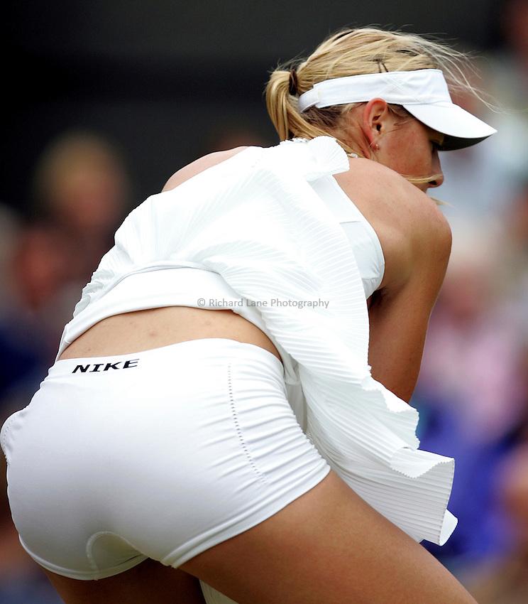 Photo: Paul Thomas..Wimbledon Championships. 04/07/2007...Maria Sharapova (RUS) during her defeat to Venus Williams.