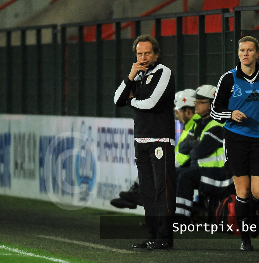 20131009 - LIEGE , BELGIUM : Glasgow coach Eddie Wolecki Black pictured during the female soccer match between STANDARD Femina de Liege and  GLASGOW City LFC , in the 1/16 final ( round of 32 ) first leg in the UEFA Women's Champions League 2013 in stade maurice dufrasne - Sclessin in Liege. Wednesday 9 October 2013. PHOTO DAVID CATRY