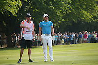 Danny Willett (ENG) struggles with his approach shot to the 17th during Round Three of the 2016 BMW PGA Championship over the West Course at Wentworth, Virginia Water, London. 28/05/2016. Picture: Golffile   David Lloyd. <br /> <br /> All photo usage must display a mandatory copyright credit to © Golffile   David Lloyd.