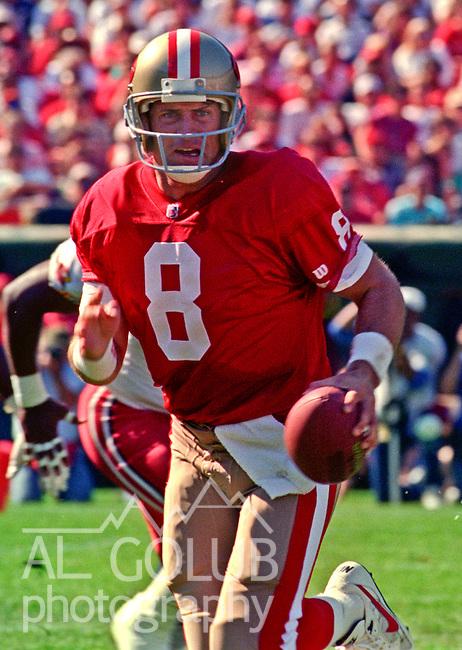 San Francisco 49ers vs. Arizona Cardinals at Candlestick Park Sunday, October 24, 1993.  49ers beat Cardinals 28-14.  San Francisco 49ers quarterback Steve Young (8).