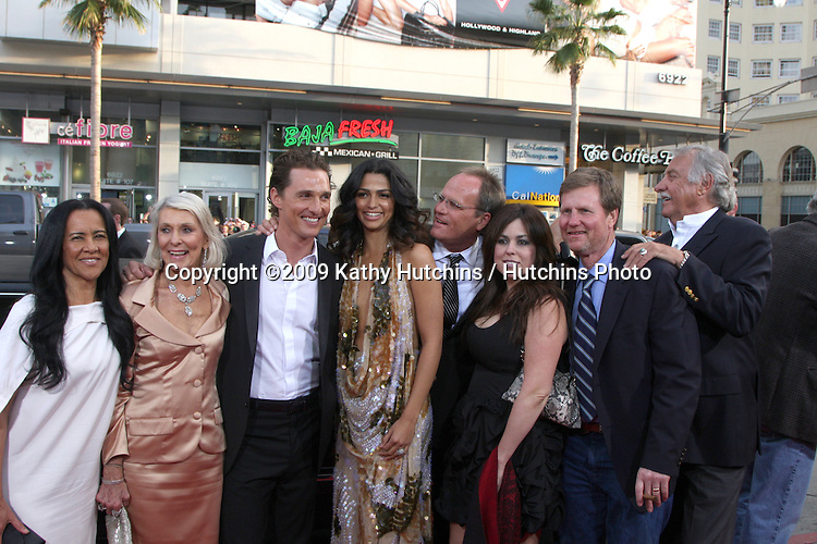 "Matthew McConaughey & Friends &  Family  arrivng at the ""Ghosts of Girlfriends Past"" Premiere at Grauman's Chinese Theater in Los Angeles, CA on April 27, 2009.©2009 Kathy Hutchins / Hutchins Photo....                ."