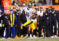Martavis Bryant #10 of the Pittsburgh Steelers  in action against the Cincinnati Bengals during the Wild Card playoff game at Paul Brown Stadium on January 9, 2016 in Cincinnati, Ohio. (Photo by Jared Wickerham/DKPittsburghSports)