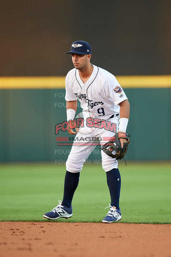 Lakeland Flying Tigers second baseman Anthony Pereira (9) during a game against the Tampa Tarpons on April 5, 2018 at Publix Field at Joker Marchant Stadium in Lakeland, Florida.  Tampa defeated Lakeland 4-2.  (Mike Janes/Four Seam Images)