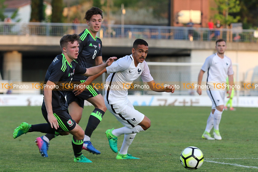 Bilal Bouttoba of FC Seville and France U20's bursts through the Wales defence during France Under-20 vs Wales Under-20, Toulon Tournament Football at Stade de Lattre-de-Tassigny on 30th May 2017
