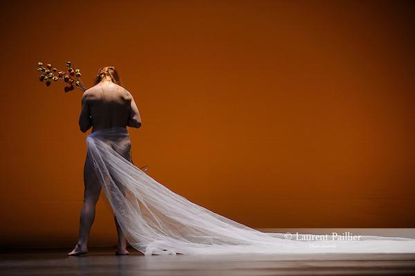 16 &ndash; Inanna<br /> Cristina Santucci<br /> Th&eacute;&acirc;tre National de Chaillot, Paris - 2012