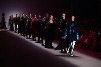 SAO PAULO, SP, 24.04.2019 - MODA-SP -Modelo durante  desfile da marca Lino Villaventura  durante a edição 47 da São Paulo Fashion Week, no espaço Arca, zona oeste de São Paulo, nesta quarta-feira, 24. (Foto: Ciça Neder / Brazil Photo Press )