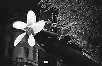 """Milano, il sottomarino Enrico Toti S 506, donato dalla Marina Militare al Museo nazionale della scienza e della tecnologia, durante l'ultima fase del trasporto verso il museo. Elica --- Milan, the """"Enrico Toti S 506"""" submarine, given by the navy to the national science and technology museum, during the last part of its journey to the museum. The propeller"""