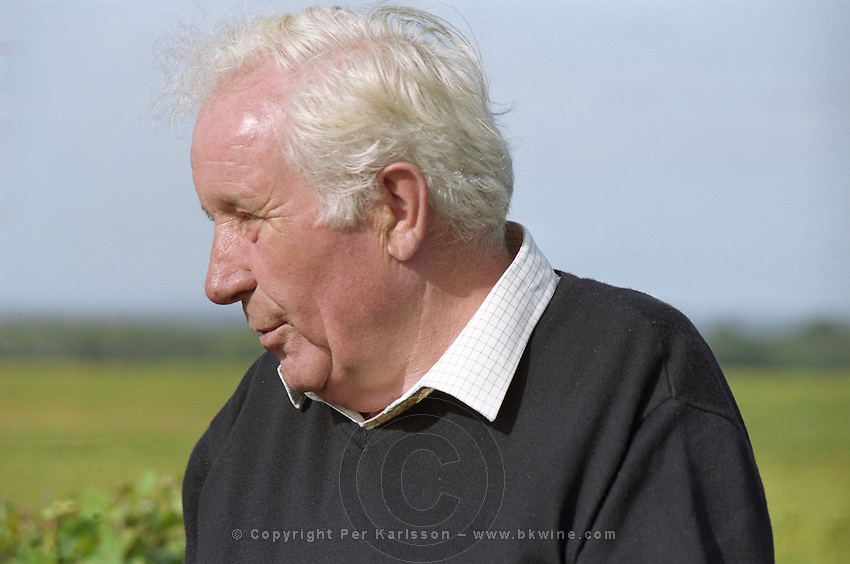 Pierre Meslier, retired owner and winemaker, previously also director at Chateau d'Yquem.  at harvest time  Chateau Raymond Lafon, Meslier, Sauternes, Bordeaux, Aquitaine, Gironde, France, Europe
