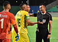 MONTERIA - COLOMBIA, 06-08-2018: Carlos Andres Betancur, árbitro, durante el encuentro entre Jaguares de Córdoba y Leones F.C. por la fecha 3 de la Liga Águila II 2018 jugado en el estadio Municipal de Montería. / Carlos Andres Betancur, referee, during the match between Jaguares of Cordoba and Leones F.C. for the date 3 of the Liga Aguila II 2018 at the Municipal de Monteria Stadium in Monteria city. Photo: VizzorImage / Andres Felipe Lopez / Cont
