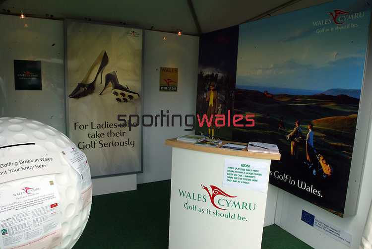 Wales Open 2004.Celtic Manor Resort - Wentwood Hills.©Steve Pope.Sportingwales.com.07798 83 00 89.The Manor .Coldra Woods.Newport.South Wales.NP18 1HQ
