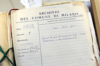 - Archivio generale dei documenti del Comune di Milano; documento storico: atto di acquisto nel 1952 della statua di Michelangelo &quot;Piet&agrave; Rondanini&quot;<br />