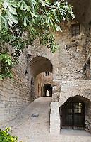 Europe/France/Languedoc-Roussillon/30/Gard / Vézénobres: le village médiéval