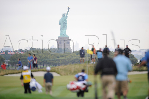 28th August 2009: The Statue of Liberty is seen from the third fairway during the second round of the The Barclays Playoff round at Liberty National Club in Jersey City, NJ. Photo By Rich Kane/ActionPlus. UK licenses only.