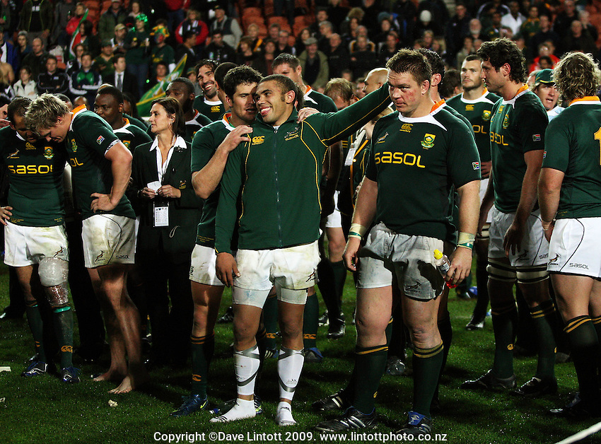 Bryan Habana congratulates Springboks captain John Smit after the win during the Investec Tri-Nations rugby match between the NZ All Blacks and South African Springboks at Waikato Stadium, Hamilton, New Zealand on Saturday 12 September 2009. Photo: Dave Lintott / lintottphoto.co.nz