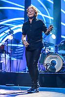 SÃO PAULO,SP, 15.03.2016 - SHOW-SP -  O vocalista Mick Hucknall da banda Simply Red durante apresentação no Citibank Hall, na zona sul de São Paulo, nesta terça-feira, 15. (Foto: William Volcov/Brazil Photo Press)