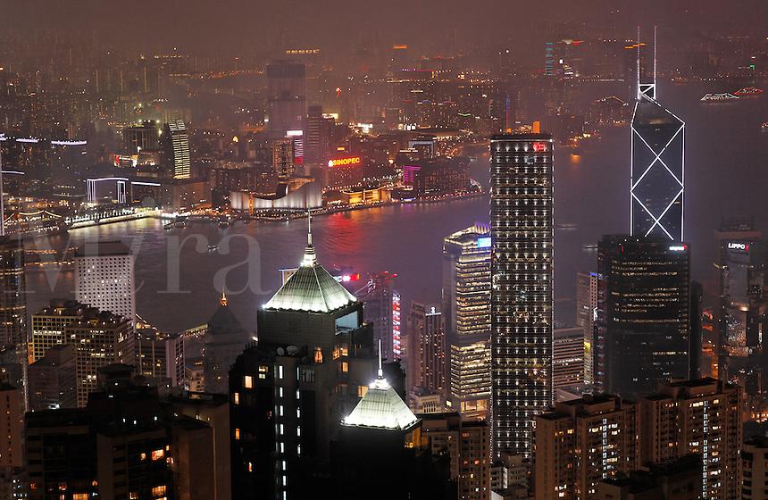 View of downtown Hong Kong from Victoria Peak at night, Hong Kong SAR, People's Repbulic of China, Asia