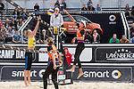 09.05.2015, Muenster, Schlossplatz<br /> smart beach tour, Supercup MŸnster / Muenster, Hauptfeld<br /> <br /> Block Lena Ottens - Angriff Ilka Semmler <br /> <br />   Foto &copy; nordphoto / Kurth