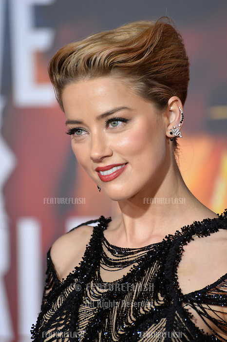 Amber Heard at the world premiere for &quot;Justice League&quot; at The Dolby Theatre, Hollywood. Los Angeles, USA 13 November  2017<br /> Picture: Paul Smith/Featureflash/SilverHub 0208 004 5359 sales@silverhubmedia.com