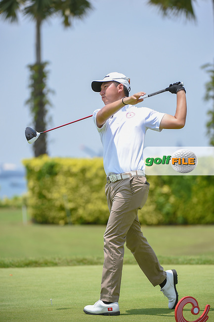 Terrence NG (HKG) watches his tee shot on 12 during Rd 1 of the Asia-Pacific Amateur Championship, Sentosa Golf Club, Singapore. 10/4/2018.<br /> Picture: Golffile | Ken Murray<br /> <br /> <br /> All photo usage must carry mandatory copyright credit (© Golffile | Ken Murray)