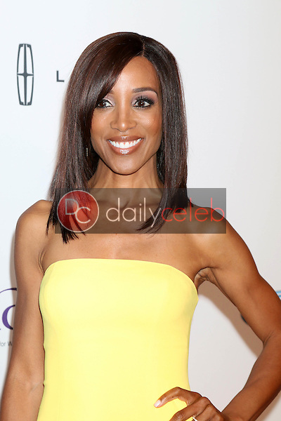 Shaun Robinson<br /> at the 41st Annual Gracie Awards Gala, Beverly Wilshire Hotel, Beverly Hills, CA 05-24-16<br /> David Edwards/DailyCeleb.com 818-249-4998